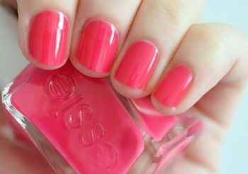 essie-the-it-factor-gel-couture